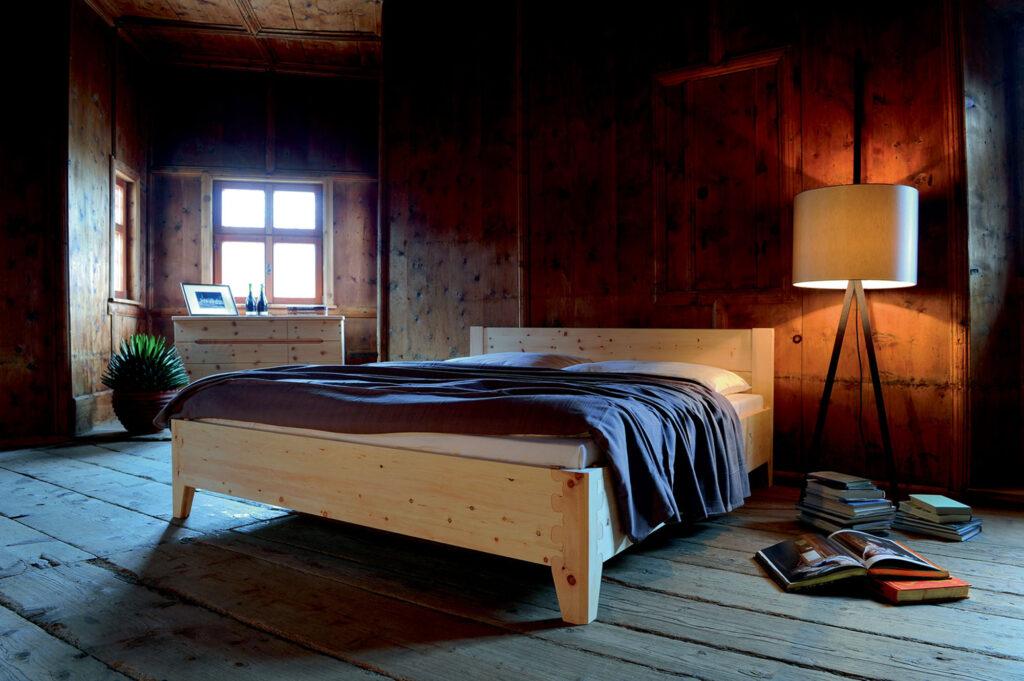 bett-zirbenholz